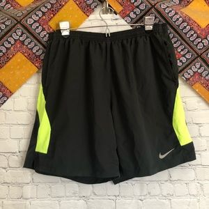 Nike Men's climate control running shorts